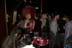 Comet Club Lounge - Thursday Night